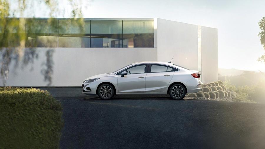 Surpreenda-se com tudo que o novo Chevrolet Cruze é capaz.