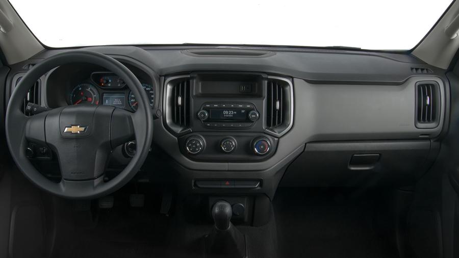 Computador de bordo com três modos: Informações de Viagem, Informações do Veículo, Informações de Consumo.