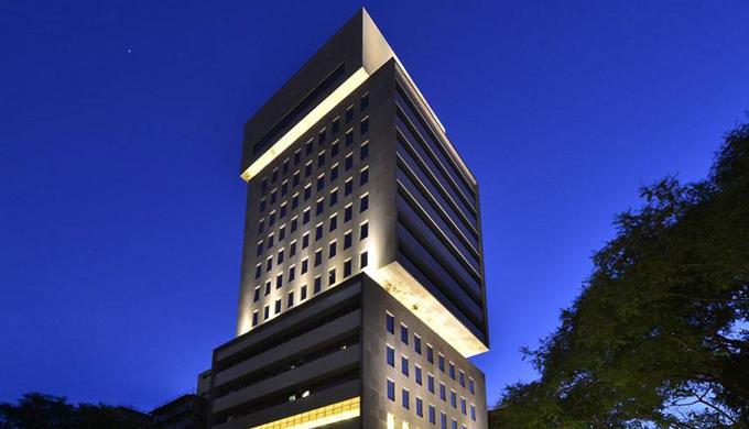 Alameda Santos Tower 1