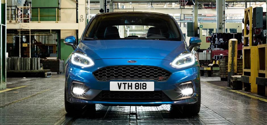 Ford revela novo Fiesta ST com motor turbo de 200 cavalos