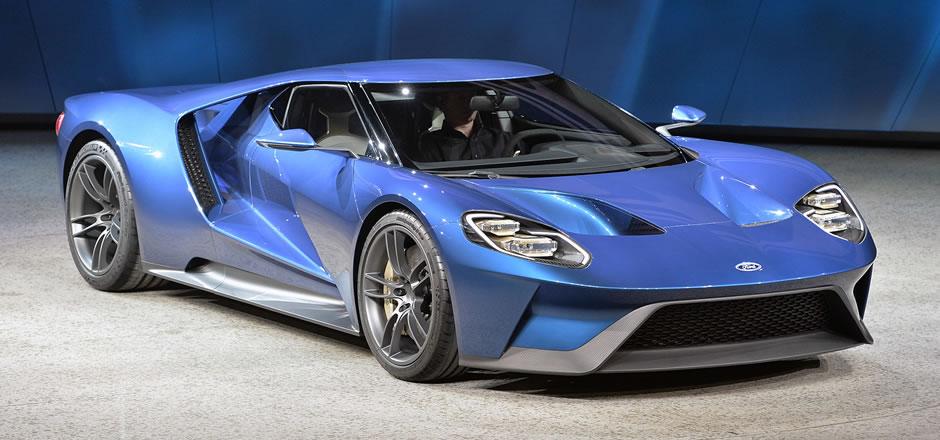 GT chega a 348 km/h e é o Ford mais rápido da história